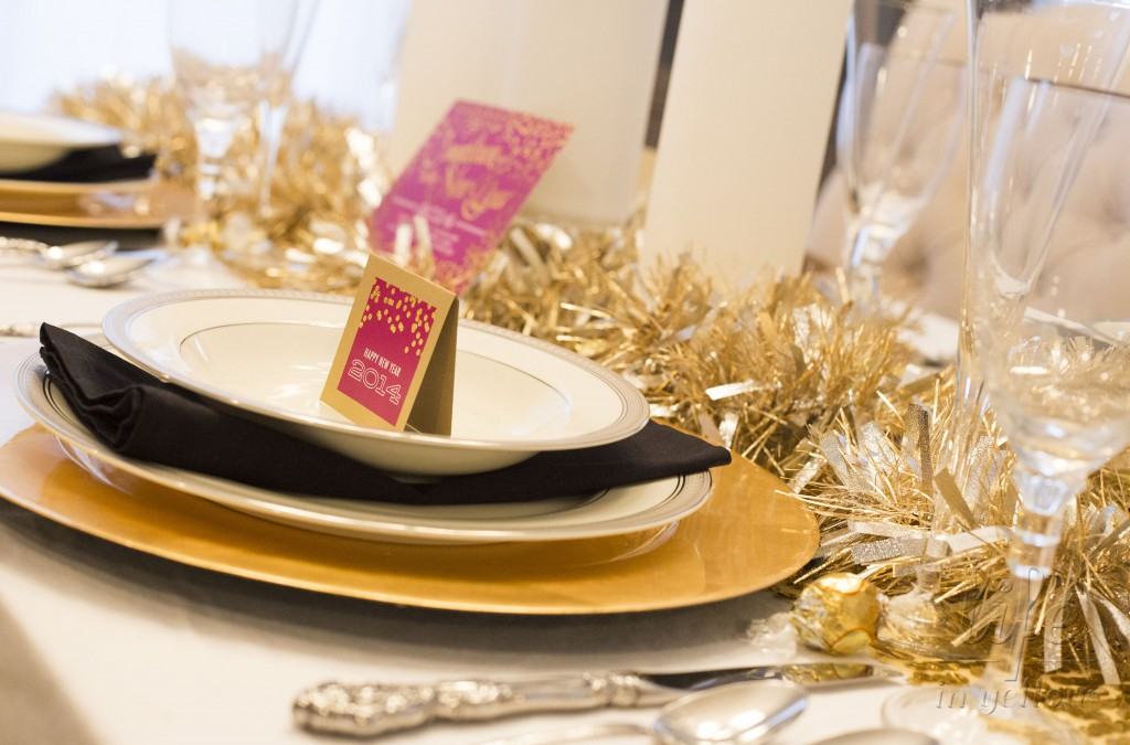 New Years Eve tablescape www.29thanddelight.com