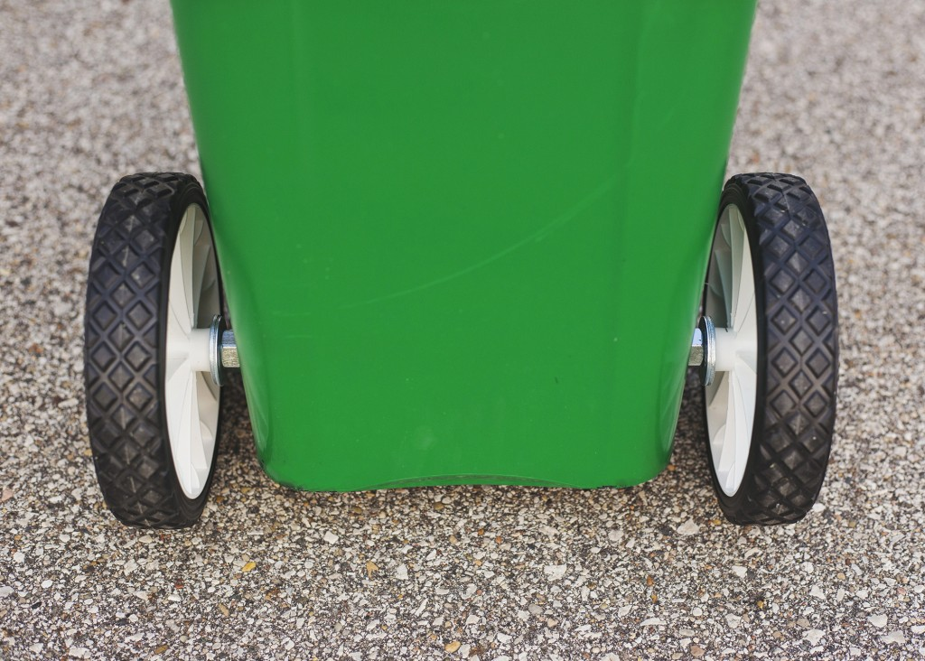DIY Garbage Man Costume and Trash Can | www.29thanddelight.com