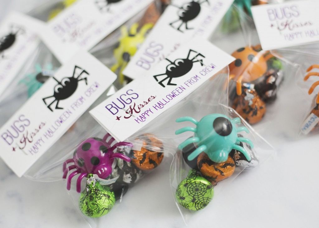 Bugs + Kisses Halloween Treats | www.29thanddelight.com